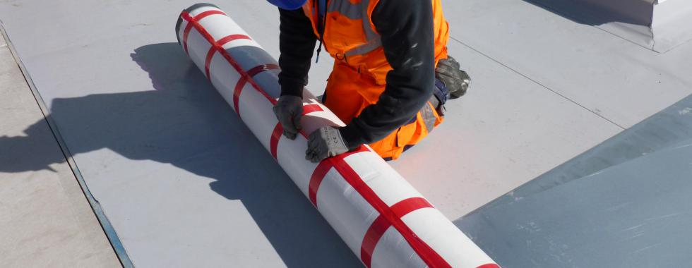 Photo of Sarnafil self-adhered membrane and how it benefits installers.