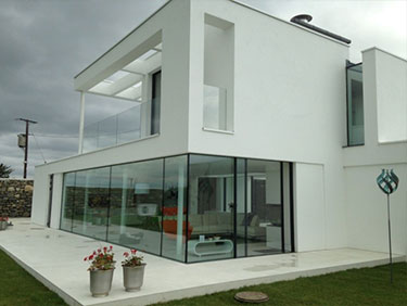 Grand Designs for modern home with Sarnafil flat roof